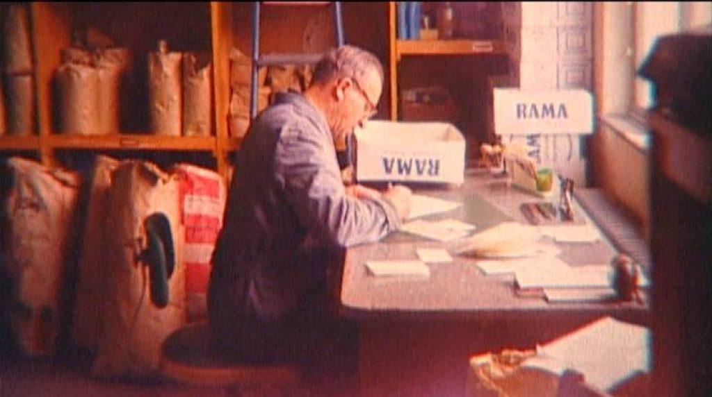 Основатель компании ПаульBruder в своей мастерской, 1960